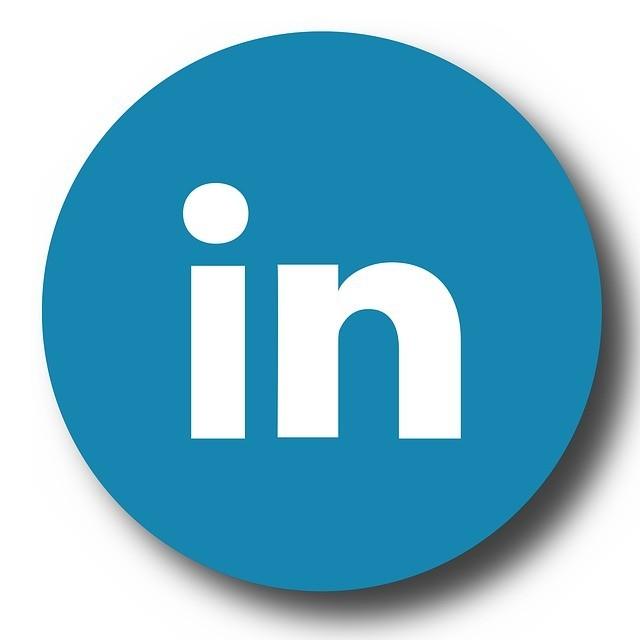 linkedin logo blue white