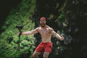 show excitement shirtless male outdoor photographer